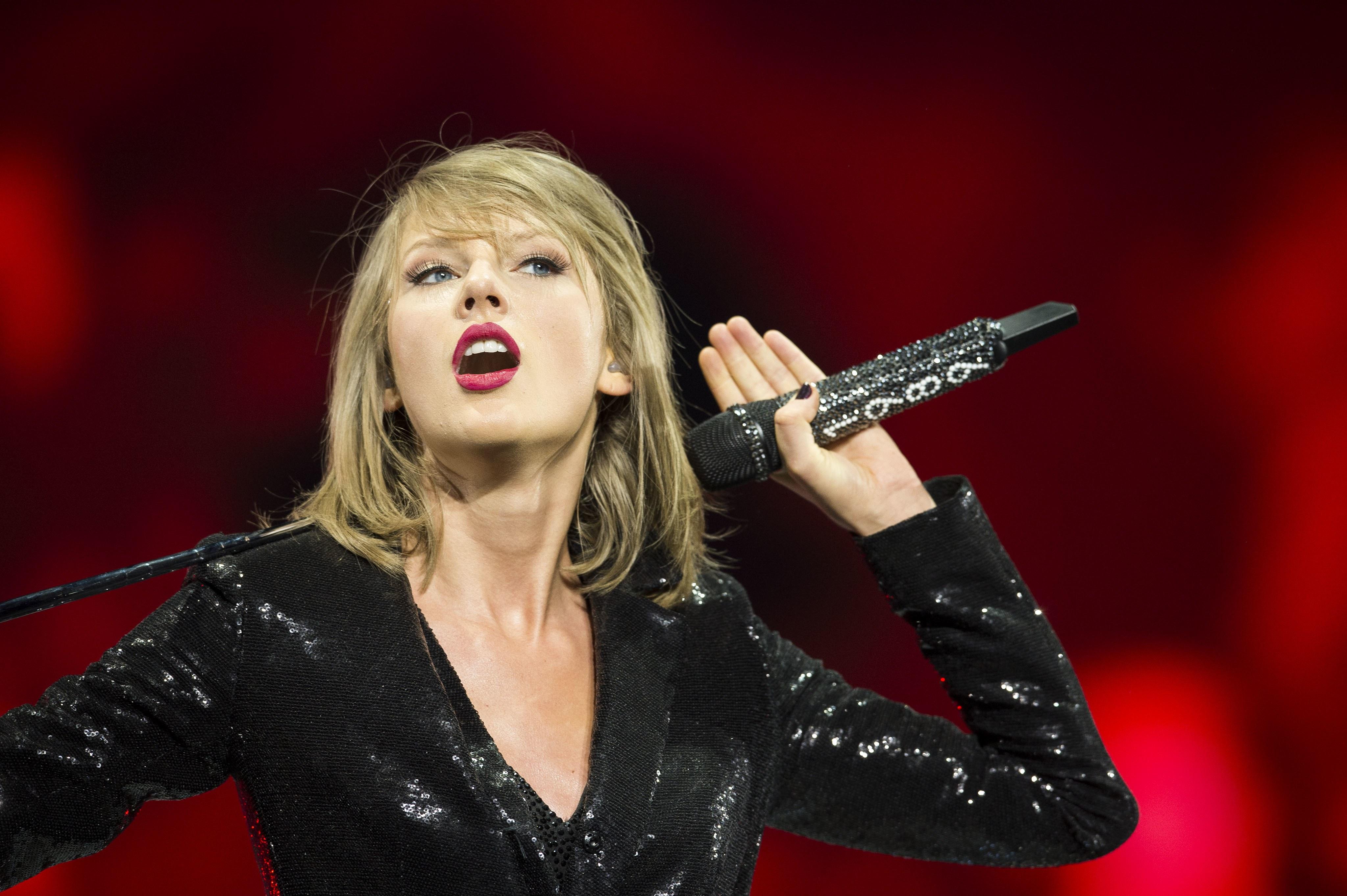 Taylor Swift 4k Ultra Hd Wallpaper Background Image 4096x2726
