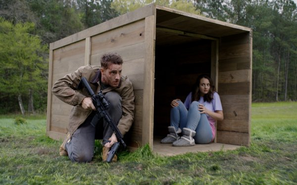 Movie The Hunt (2020) Justin Hartley HD Wallpaper | Background Image