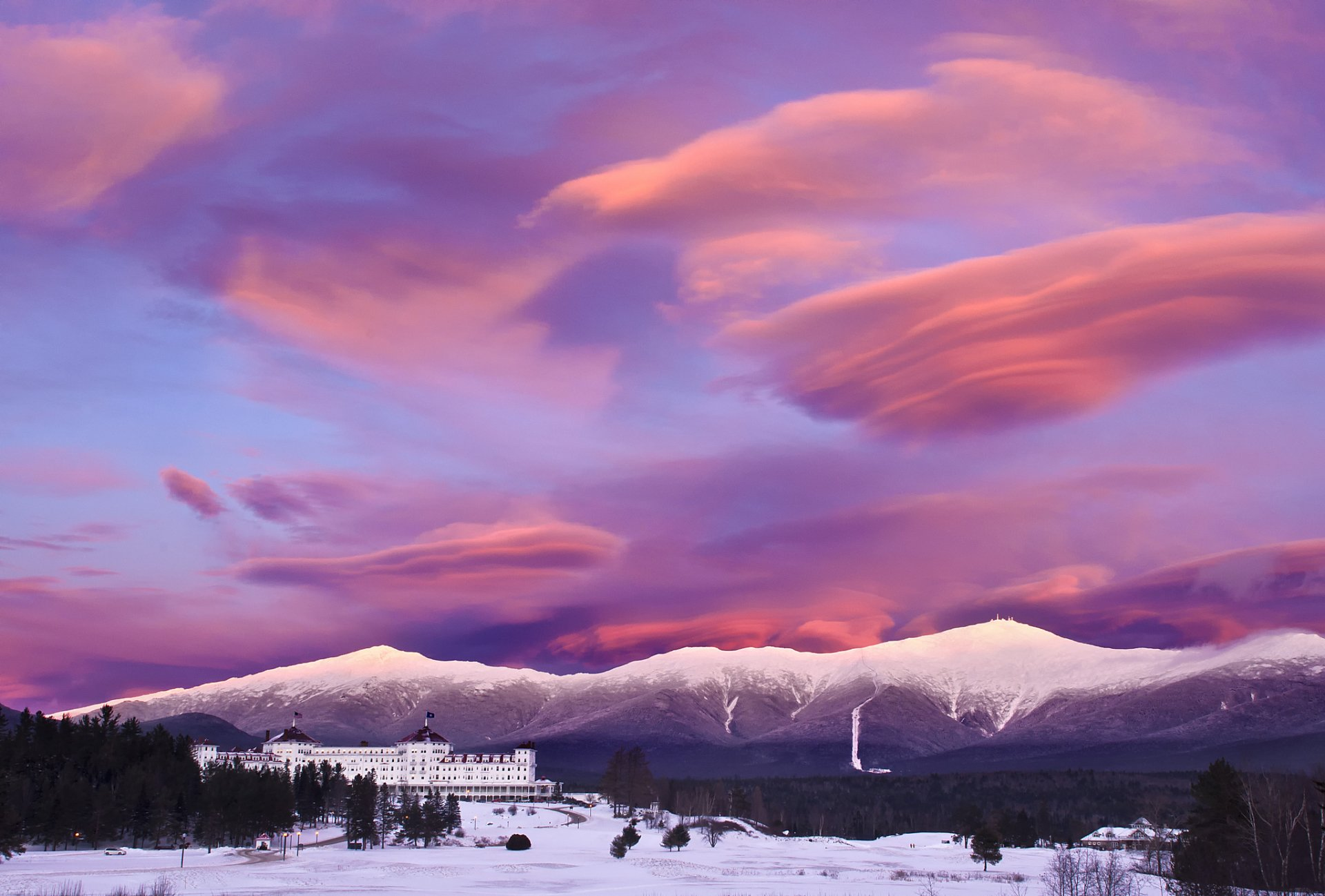Man Made - Mount Washington Hotel  Resort Mountain Sky Cloud Sunset Snow Winter Wallpaper