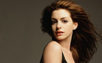 Berühmte Personen - Anne Hathaway Wallpapers and Backgrounds ID : 298360