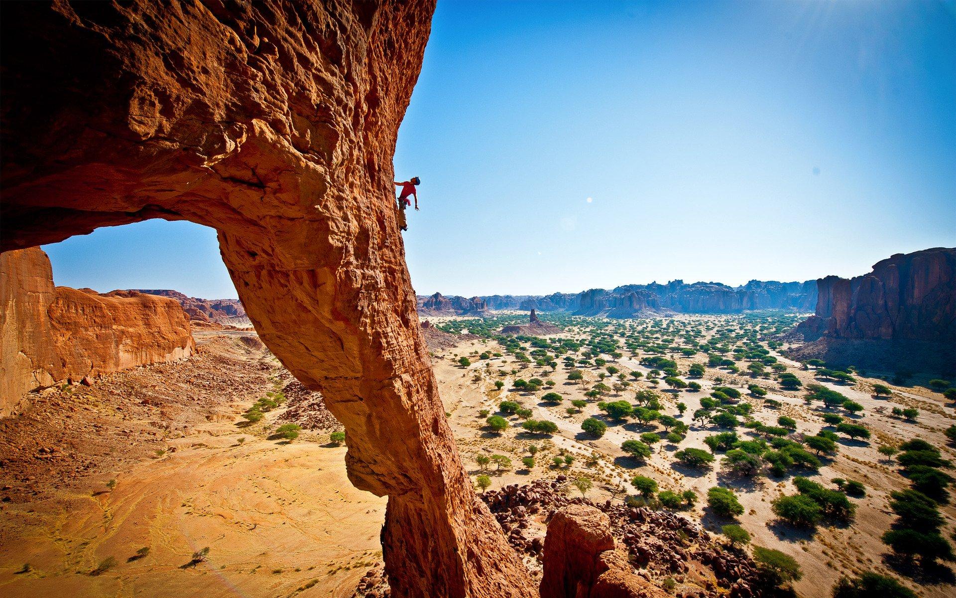 Rock Climbing HD Wallpaper