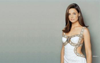 Celebrity - Katie Holmes Wallpapers and Backgrounds ID : 303690