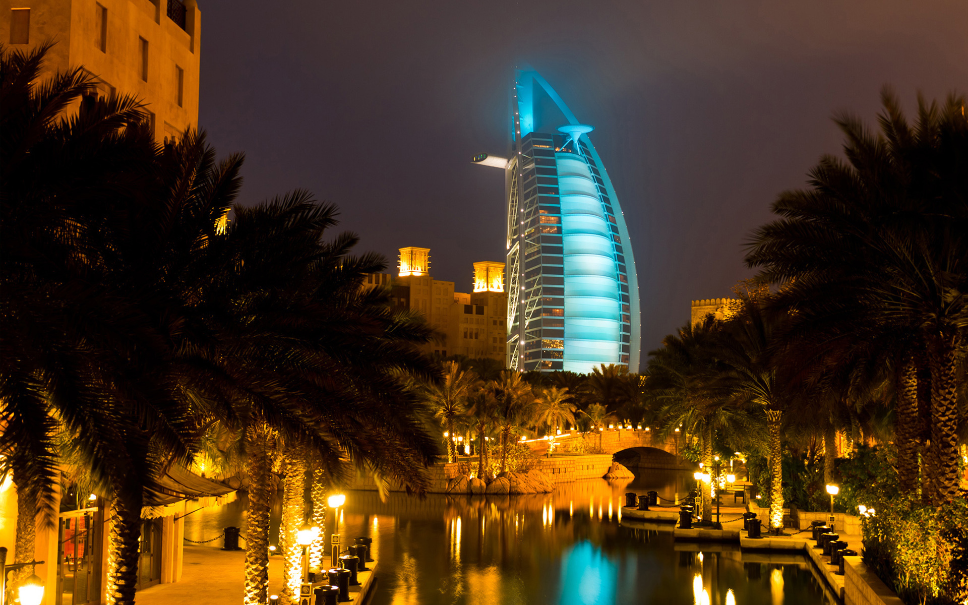 The Burj Al Arab, Dubai, UAE HD Wallpaper