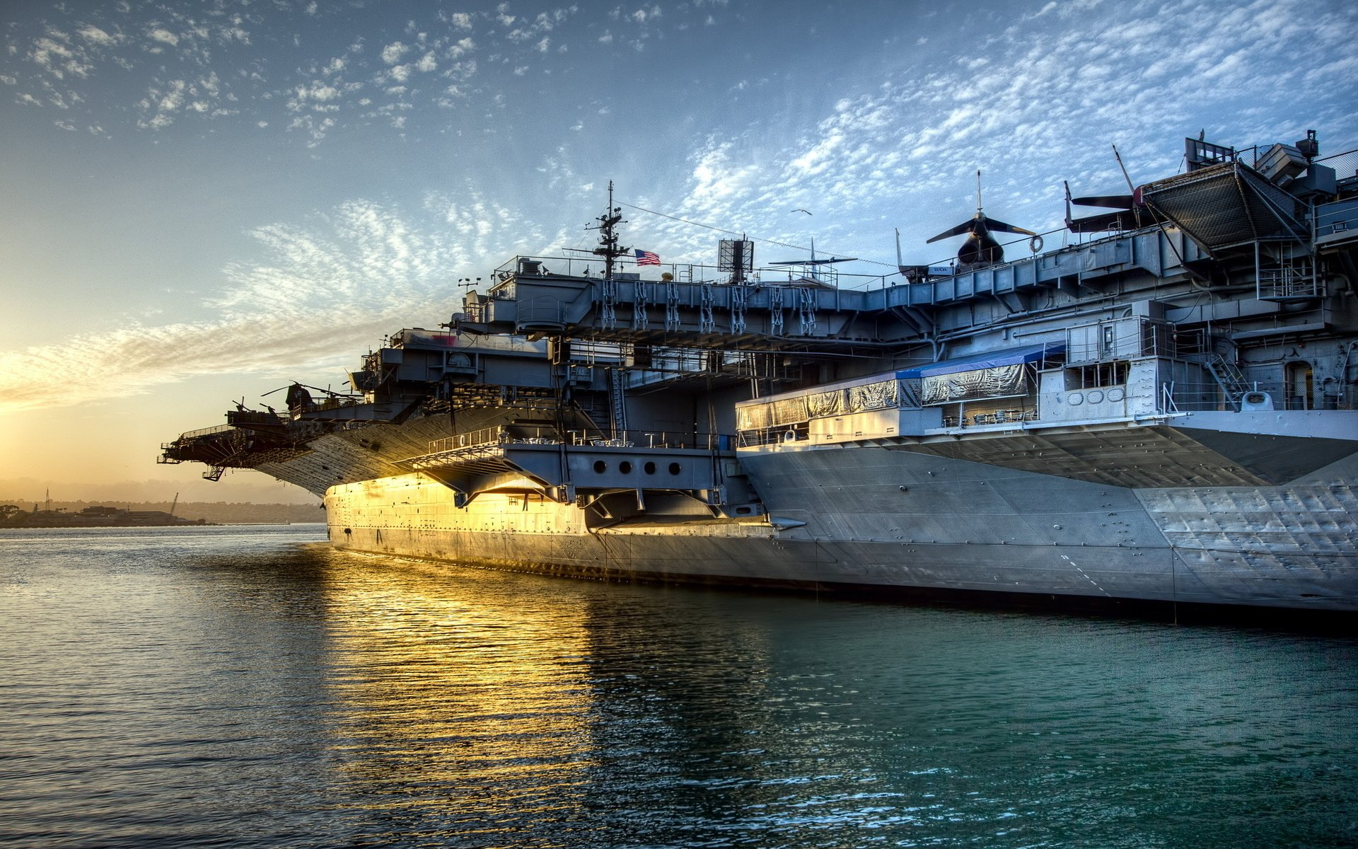 Military - USS Midway (CV-41)  Ship Boat Aircraft Carrier Warship Wallpaper