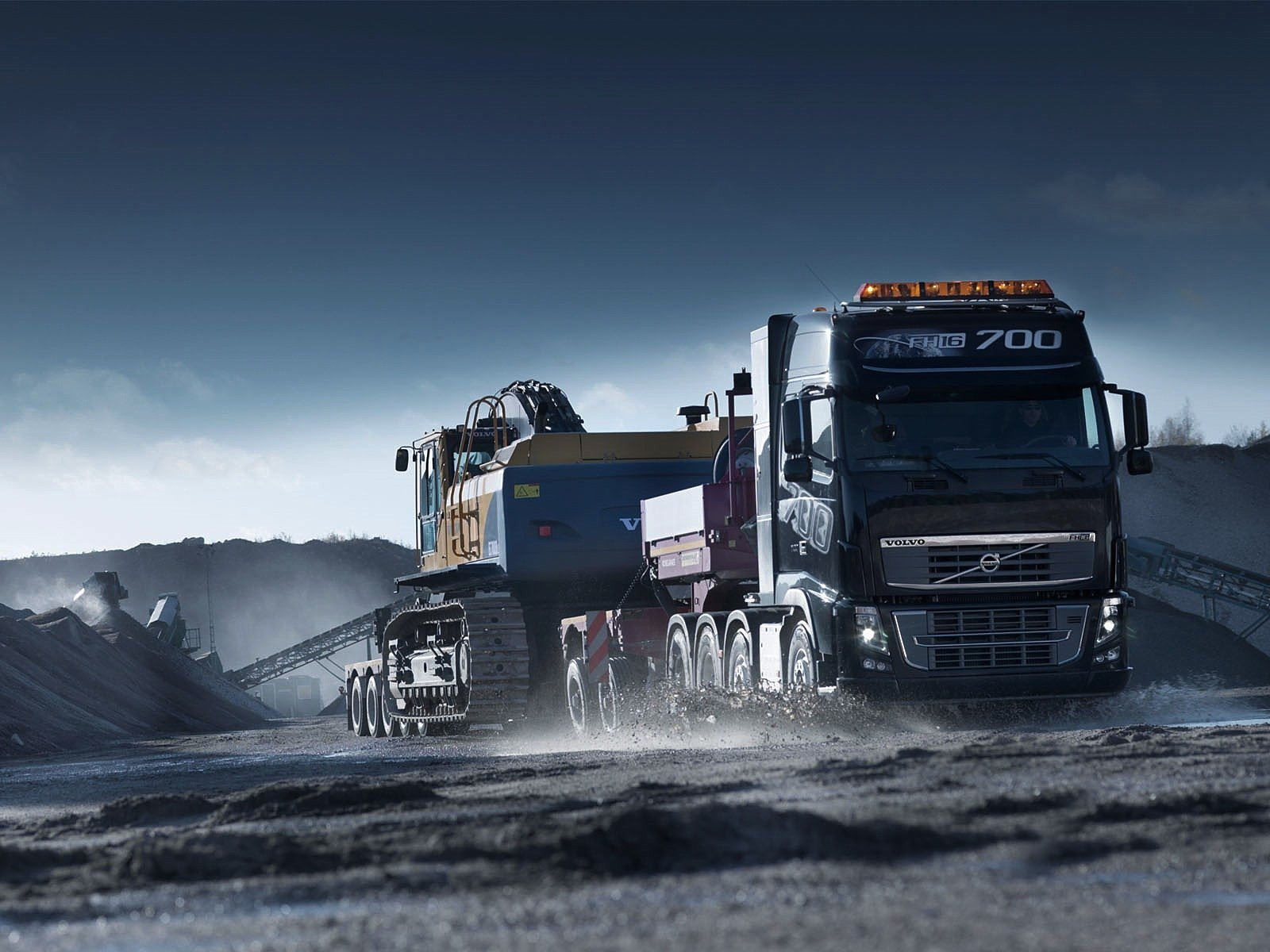 Vehicles - Truck  Semi Trailer Wallpaper