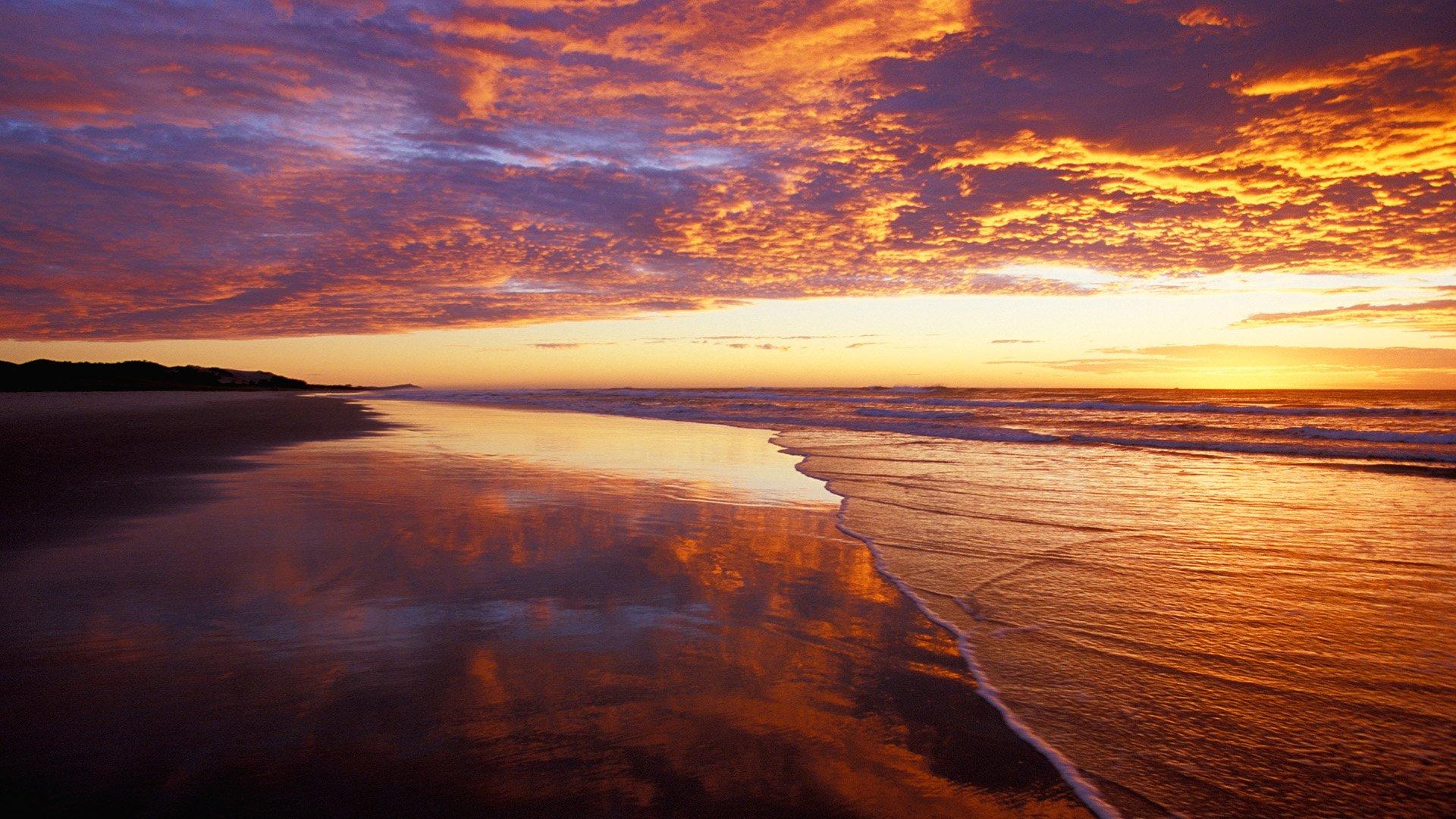 Terre/Nature - Coucher De Soleil  Paysage Scénique Plage Océan Sea Ciel Nuage Lever De Soleil Soleil Fond d'écran