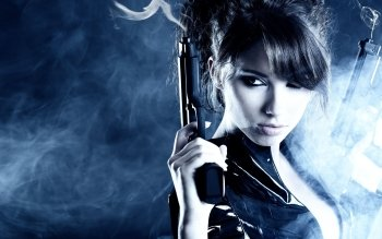 Donne - Women & Guns Wallpapers and Backgrounds ID : 315363