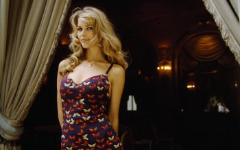 Celebrita' - Claudia Schiffer Wallpapers and Backgrounds ID : 315910