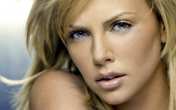Celebrity - Charlize Theron Wallpapers and Backgrounds ID : 322785