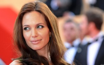 Celebrity - Angelina Jolie Wallpapers and Backgrounds ID : 323140