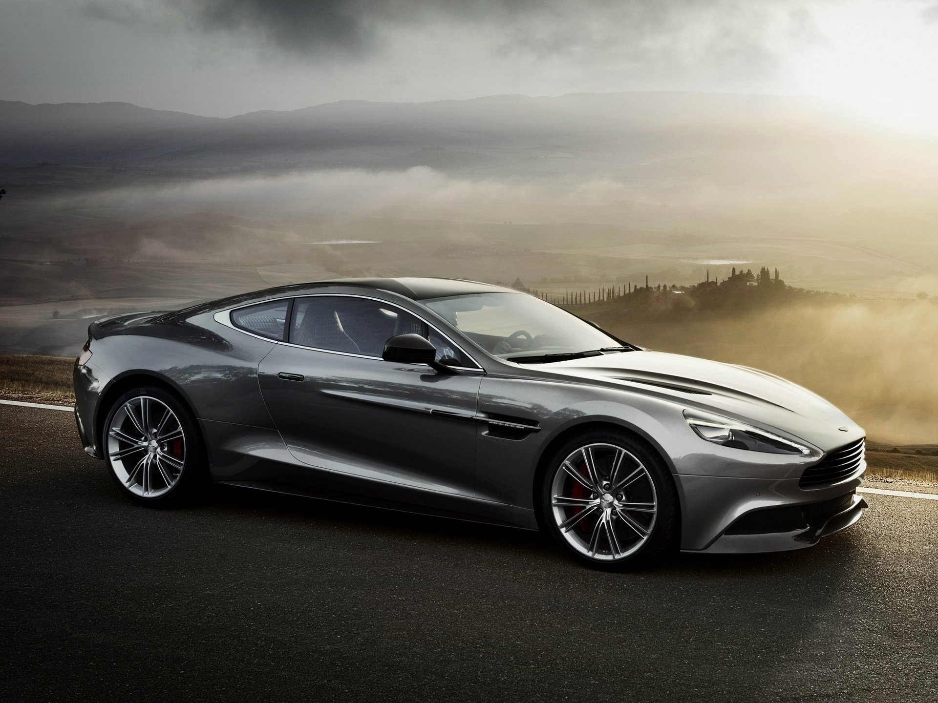 aston martin vanquish hd wallpaper | background image | 1920x1440