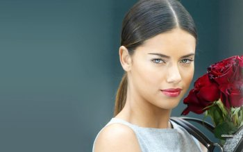 Celebrity - Adriana Lima Wallpapers and Backgrounds ID : 326220
