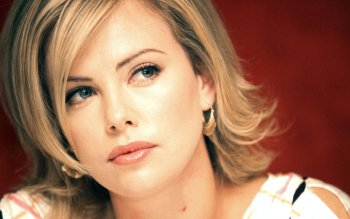 Celebrity - Charlize Theron Wallpapers and Backgrounds ID : 330045