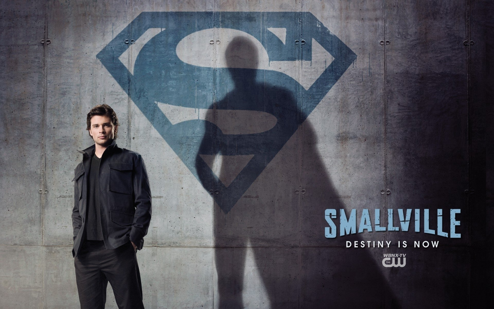 lois and clark smallville analysis Smallville season 11: continuity vol 1 1 edit history  at lois & clark's apartment,  cover gallery for the smallville season 11: continuity series.