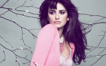 Berühmte Personen - Penelope Cruz Wallpapers and Backgrounds ID : 338585