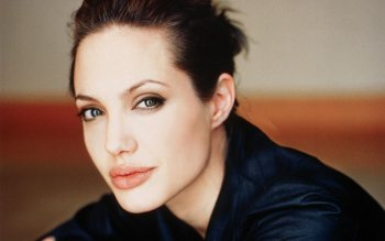 Celebrity - Angelina Jolie Wallpapers and Backgrounds ID : 342835