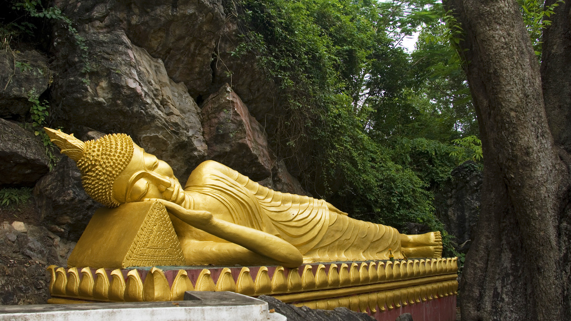 Buddhism HD Wallpaper