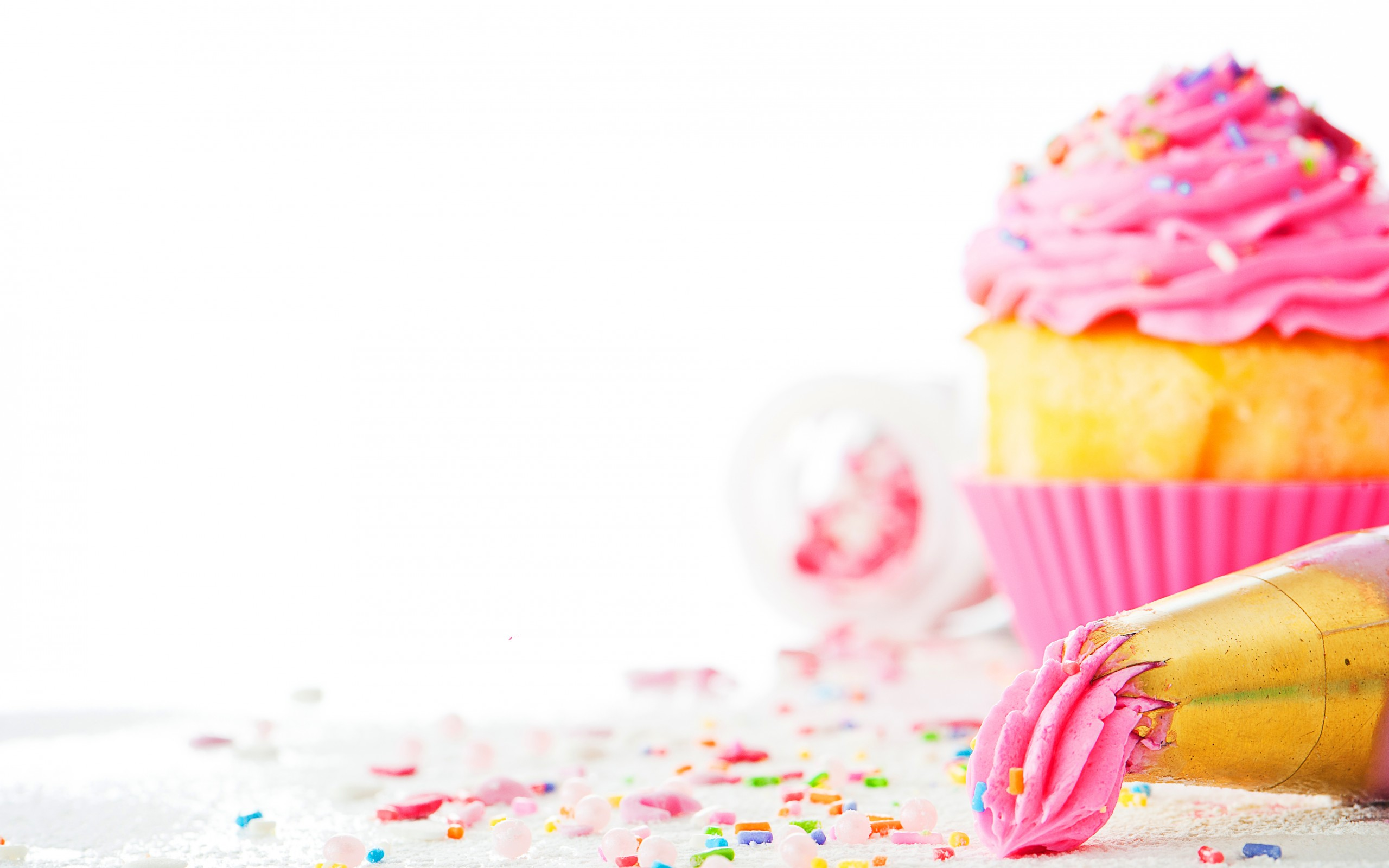 Cupcake HD Wallpaper | Background Image | 2560x1600 | ID:363100 - Wallpaper Abyss