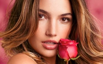 Women - Face Wallpapers and Backgrounds ID : 370772