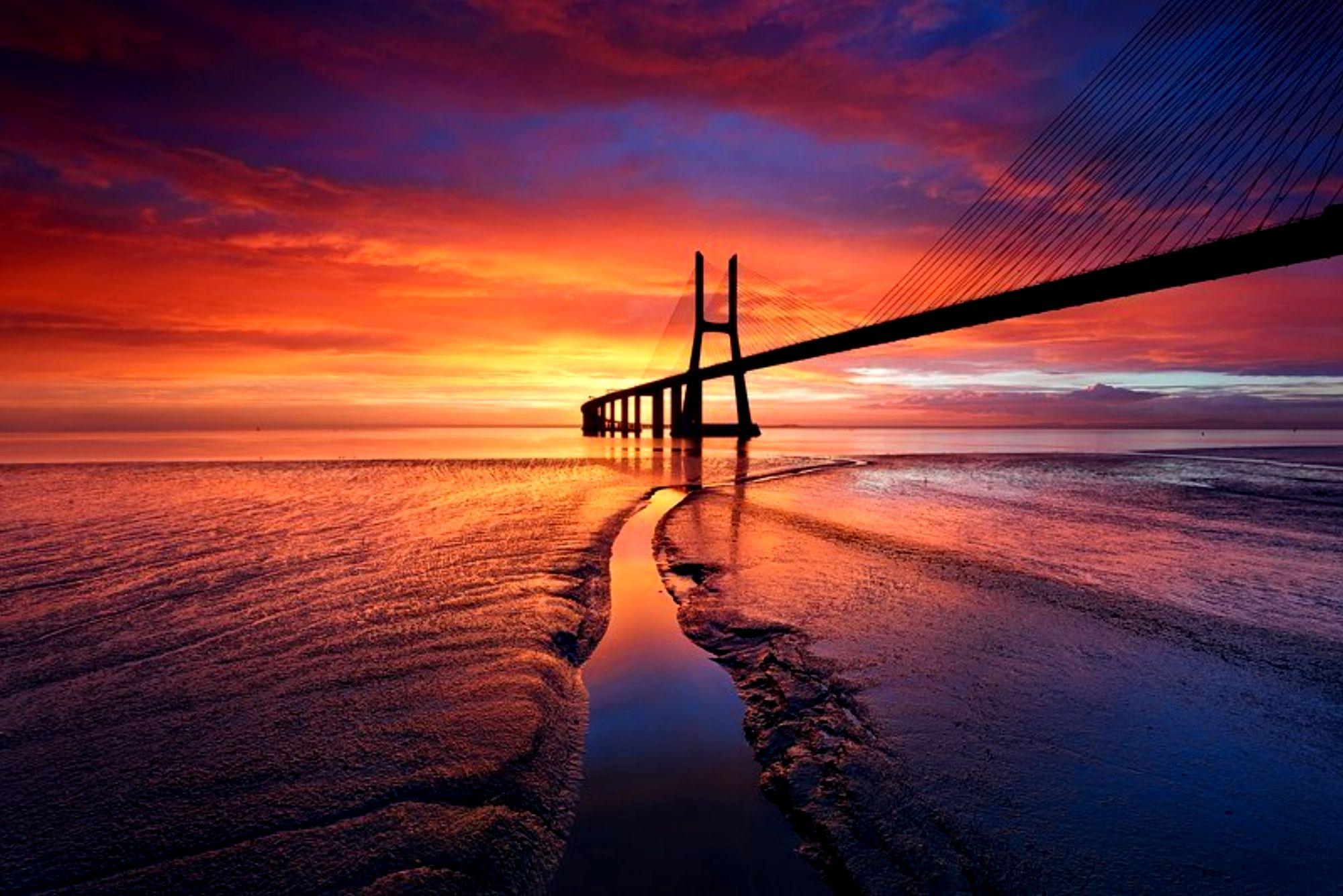 Vasco Da Gama Bridge Hd Wallpaper Background Image 2000x1335