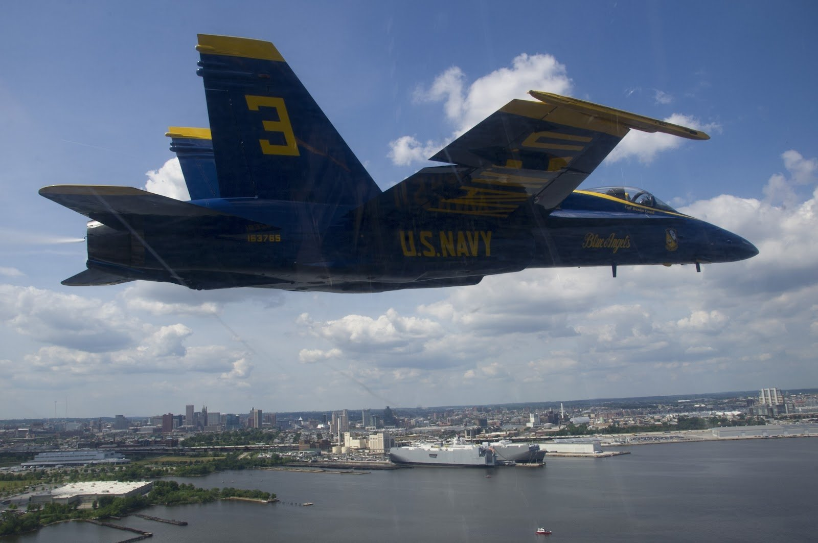 Military - McDonnell Douglas F/A-18 Hornet  Military Blue Angels Vehicle Aircraft Airplane Wallpaper