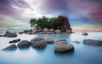 Earth - Island Wallpapers and Backgrounds ID : 375264