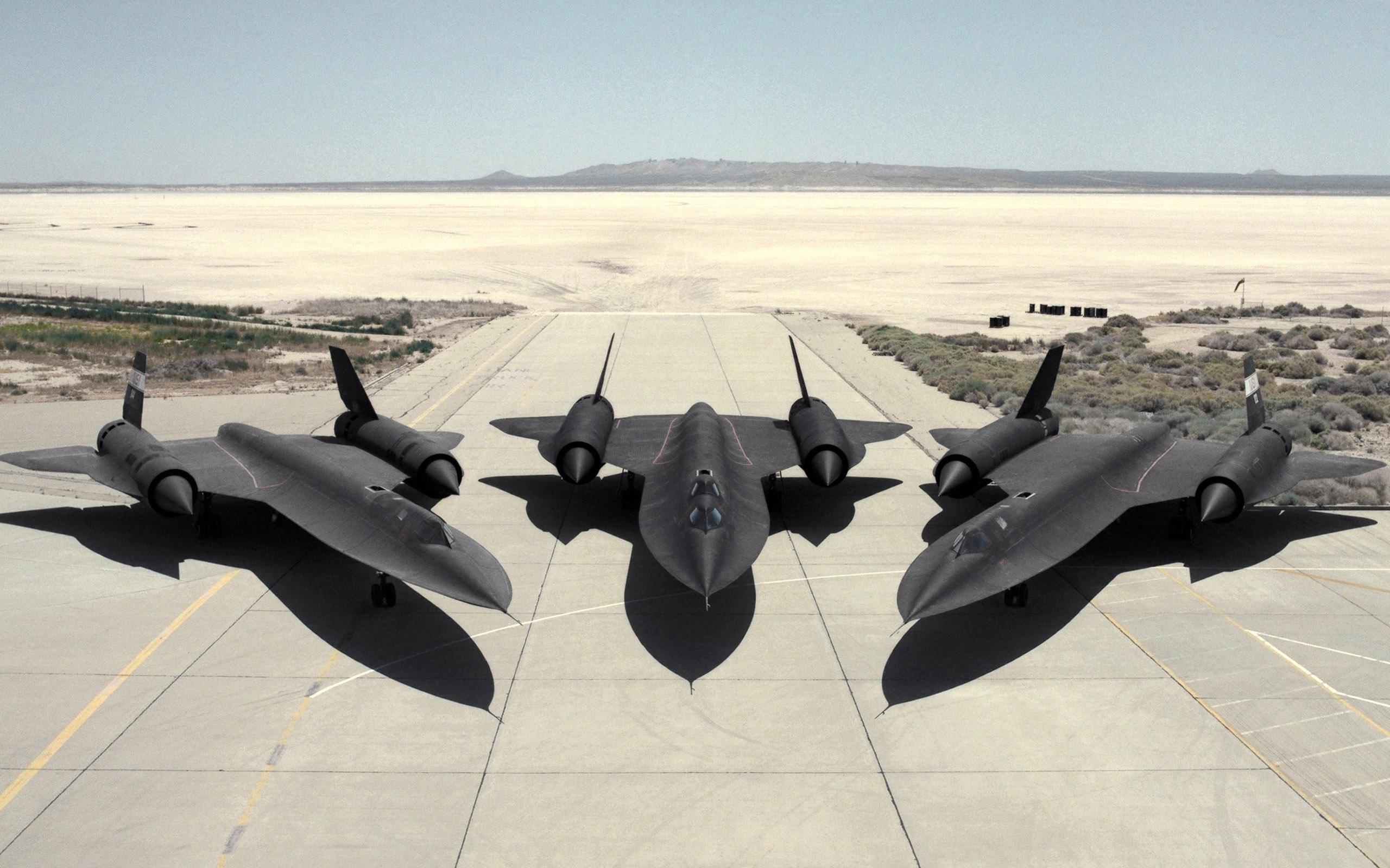 441 best Lockheed SR-71 Blackbird images on Pinterest | Military ...