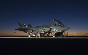 Military - Lockheed Martin F-35 Lightning II Wallpapers and Backgrounds ID : 383932