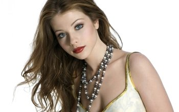 Berühmte Personen - Michelle Trachtenberg Wallpapers and Backgrounds ID : 386593