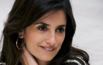 Berühmte Personen - Penelope Cruz Wallpapers and Backgrounds ID : 387594