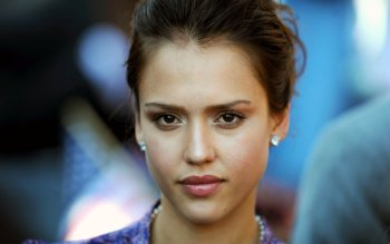 Celebrity - Jessica Alba Wallpapers and Backgrounds ID : 390920