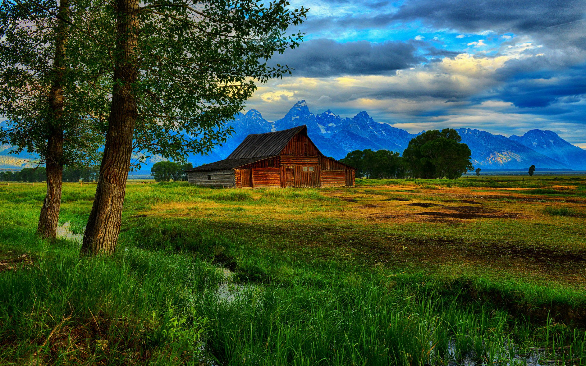 barn wallpaper - photo #3