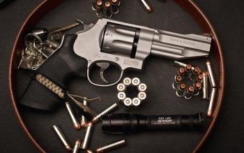 Weapons - Smith & Wesson Revolver Wallpapers and Backgrounds ID : 401975