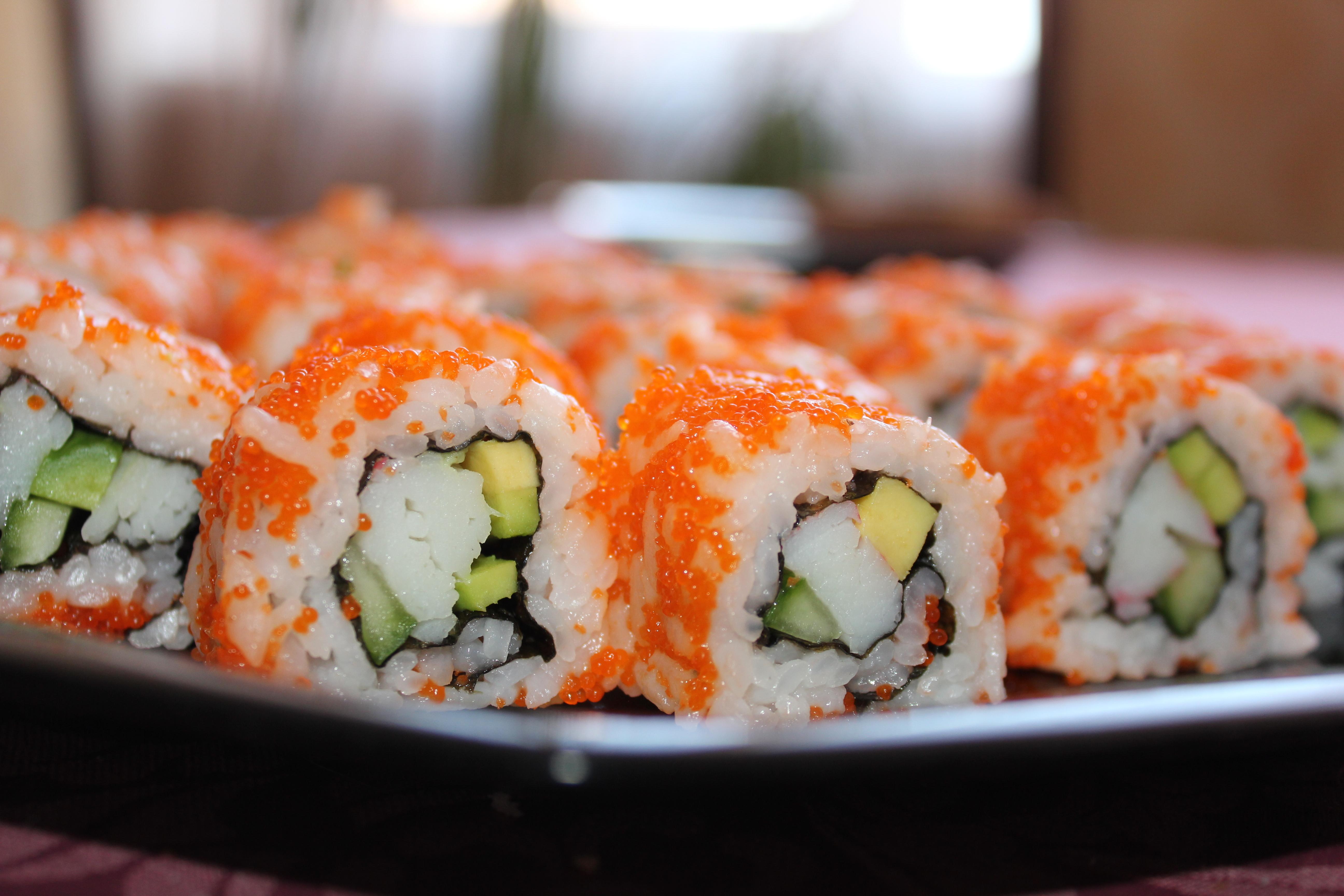 Sushi Roll Wallpaper