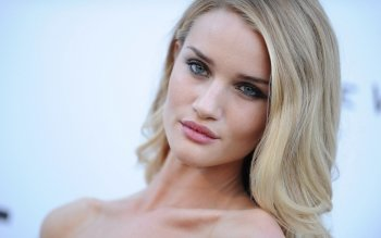 Celebrity - Rosie Huntington-Whiteley Wallpapers and Backgrounds ID : 409362
