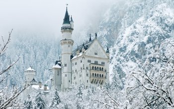 Man Made - Neuschwanstein Castle Wallpapers and Backgrounds ID : 409923