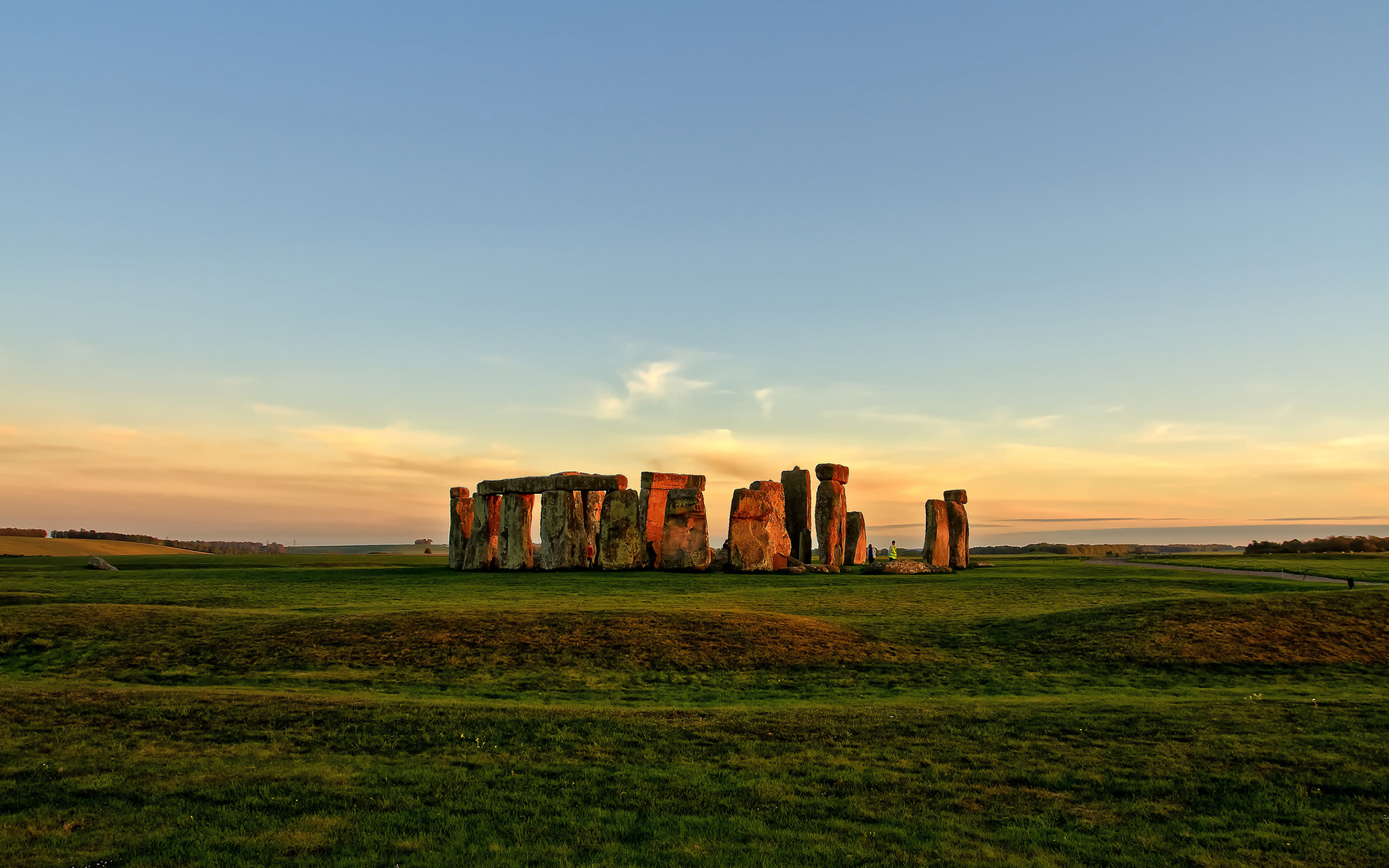 Doctor Who The Pandorica Opens The Big Bang S E Dvdbash in addition Manchester C England also United Kingdom Lion as well Index Php Rex Img Type G   Rex Img File Gro Britannien Sehenswuerdigkeiten moreover Kermits Pool Western Australia. on big stonehenge