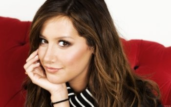 Berühmte Personen - Ashley Tisdale Wallpapers and Backgrounds ID : 419550