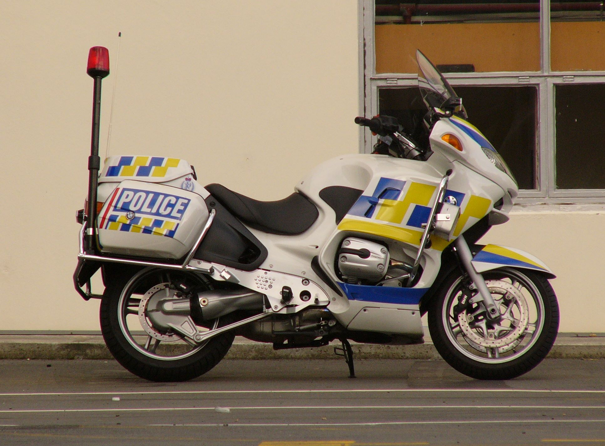 2 Police Motorcycle Hd Wallpapers Background Images Wallpaper Abyss