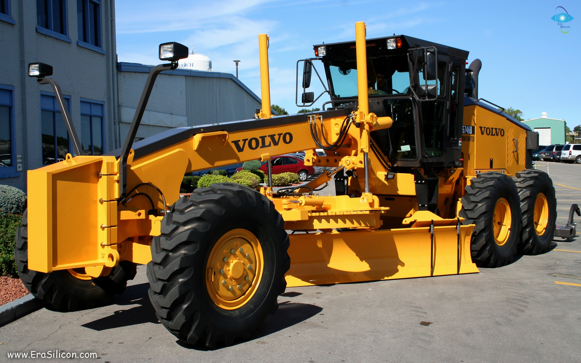 2 Volvo Grader Hd Wallpapers Background Images
