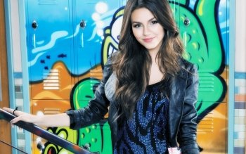 Celebrity - Victoria Justice Wallpapers and Backgrounds ID : 451569