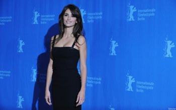 Berühmte Personen - Penelope Cruz Wallpapers and Backgrounds ID : 451951
