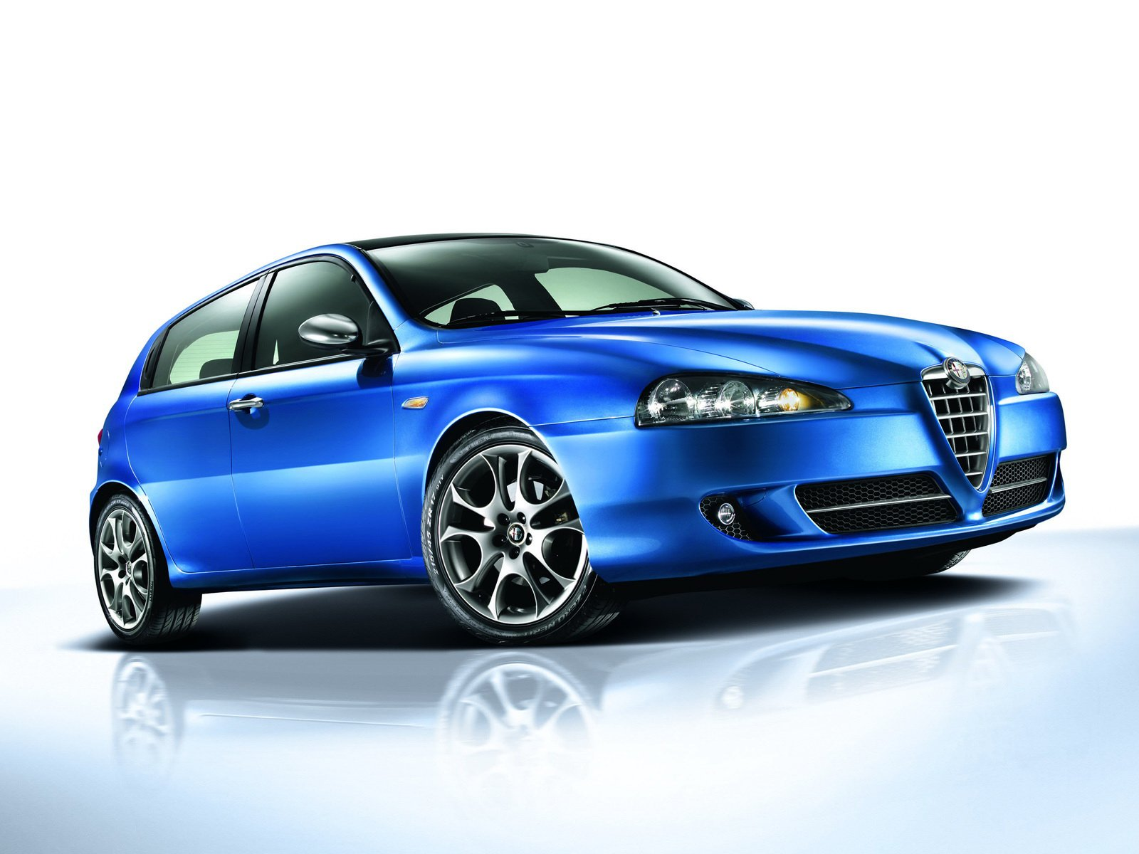 Alfa Romeo 147 Wallpaper And Background Image 1600x1200 Id 468603 Wallpaper Abyss