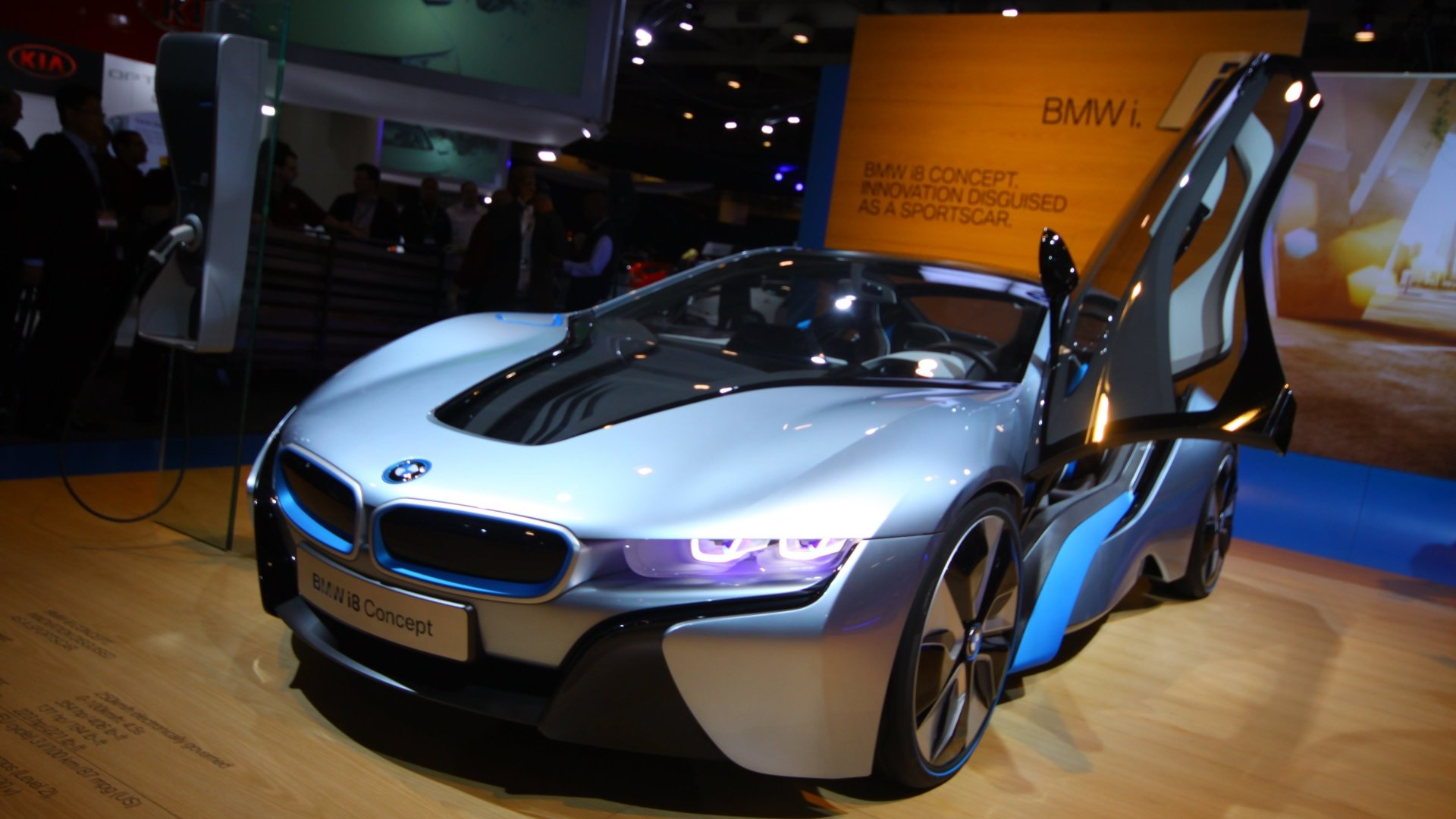 Vehicles - BMW i8  Vehicle BMW Wallpaper