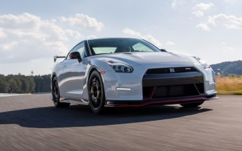 Vehicles - 2015 Nissan GT-R NISMO Wallpapers and Backgrounds ID : 485050