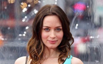 Celebrity - Emily Blunt Wallpapers and Backgrounds ID : 487660