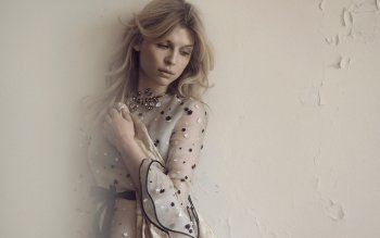 Celebrity - Clemence Poesy  Wallpapers and Backgrounds ID : 488216