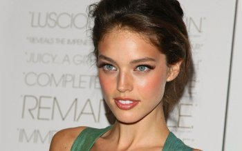 Celebrity - Emily Didonato Wallpapers and Backgrounds ID : 492605