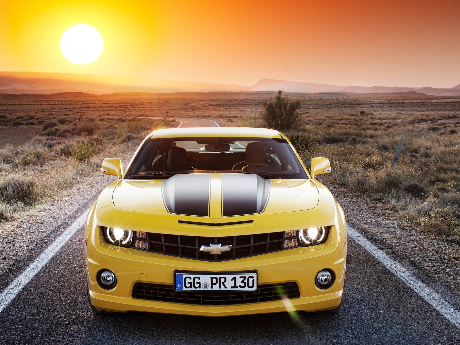 Chevrolet Camaro Wallpaper And Background Image 1600x1200