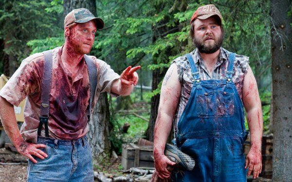 Movie Tucker & Dale vs. Evil Tyler Labine Alan Tudyk HD Wallpaper | Background Image
